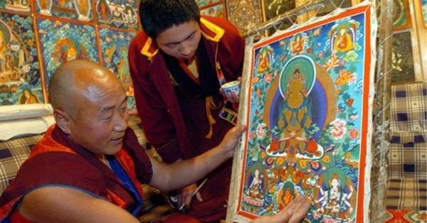 Vùng đất thiêng Tây Tạng mở ra những hình ảnh về thế giới thiên quốc qua tranh Thangka